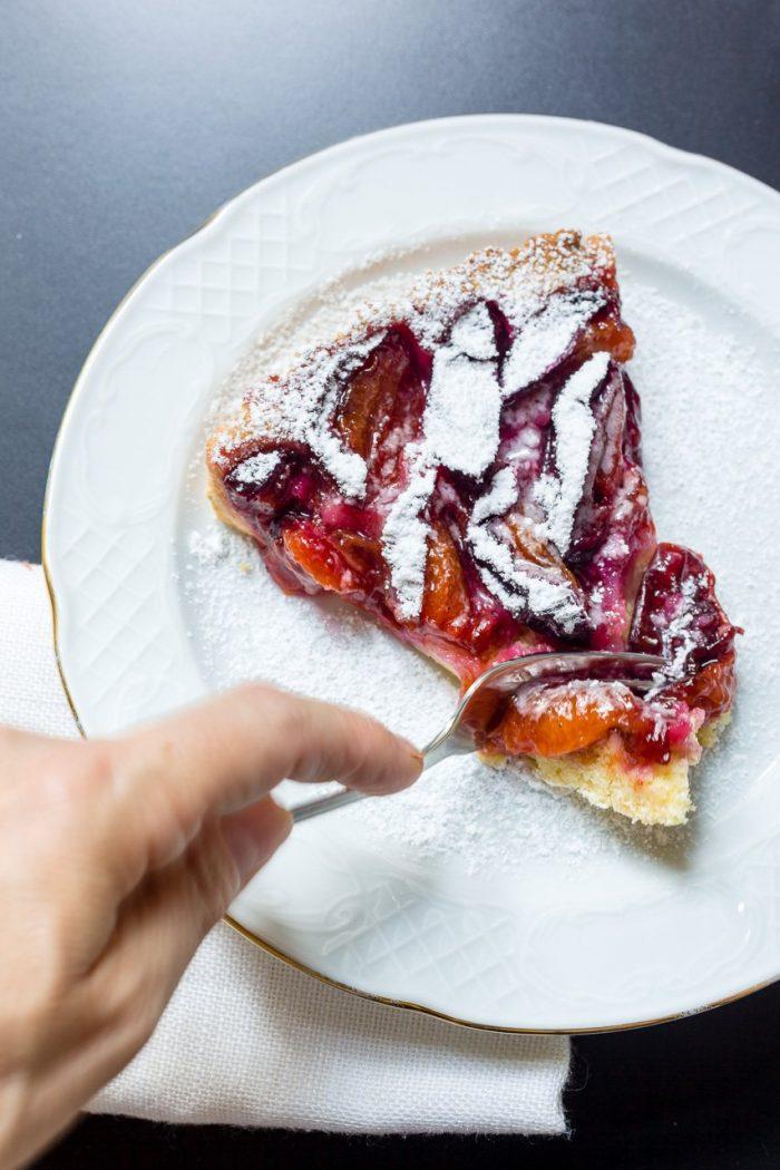 Try it, like it, share it: The Zwetschkenkuchen plum tart!