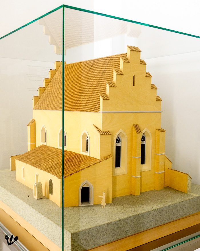 Vienna's medieval Shul as it must have looked in 1421, the year of its destruction during the Viennese Geserah, the expulsion and murder of the Jewish community. (Model, as exhibited at the Museum Judenplatz.)