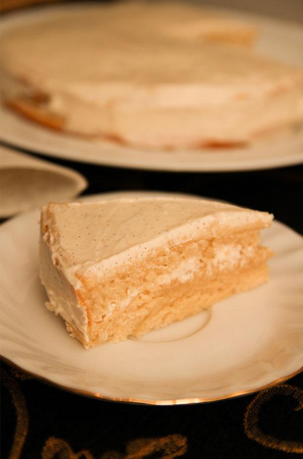 Healthy Vanilla Cake: Sugar free!