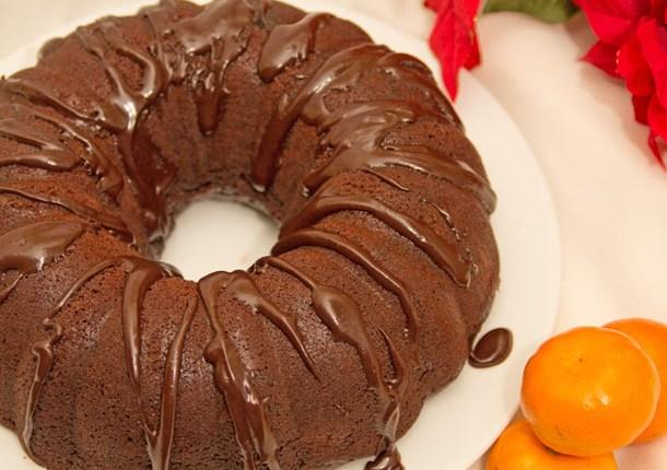 Healthy Chocolate Orange Bundt Cake #healthy #christmas #refinedsugarfree #glutenfree #epiphany