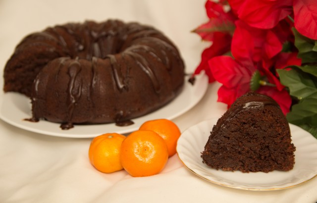 Healthy Chocolate Orange Bundt Cake #healthy #christmas #refinedsugarfree #glutenfree #epiphany