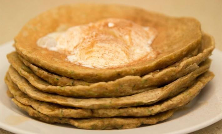 Healthy Zucchini/Courgette Pancakes #healthy #glutenfree #refinedsugarfree #breakfast #pancakeday