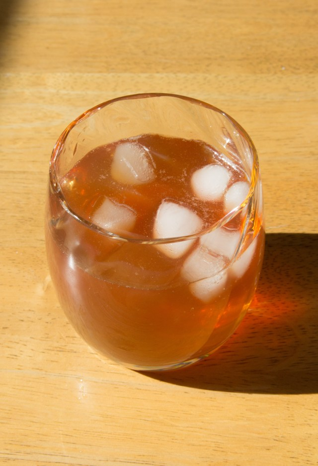 Healthy Iced Tea: Sugar-free! #healthy #icedtea #summer #picnic #sugarfree