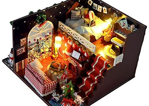 WYD Hand-Assembled Wooden Miniature Christmas Dollhouse Kit Creative Toys with LED Lights for Christmas Decoration Present