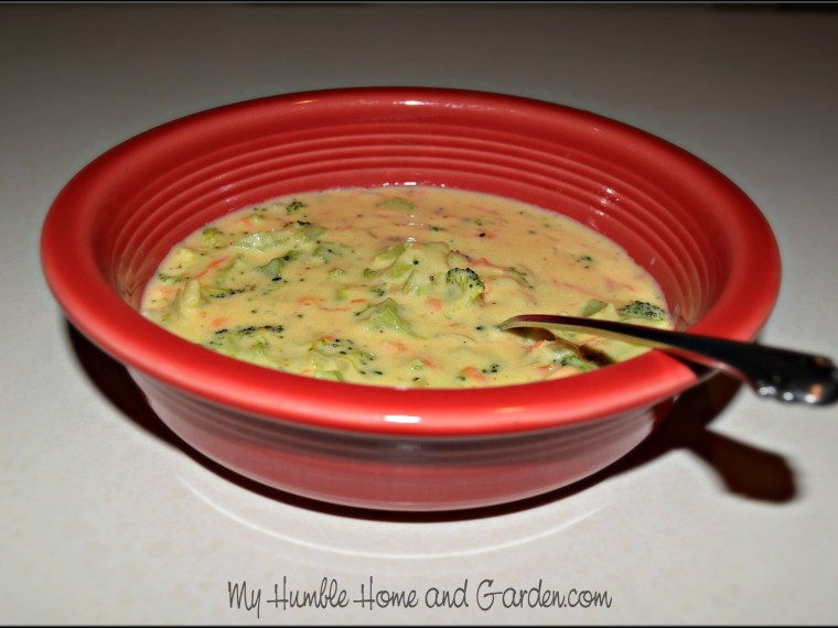 How To Make Yummy Roasted Broccoli Cheese Soup