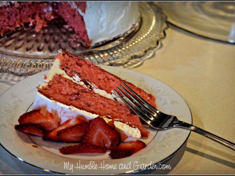 Strawberry Cake with Buttercream Frosting and Fresh Strawberries
