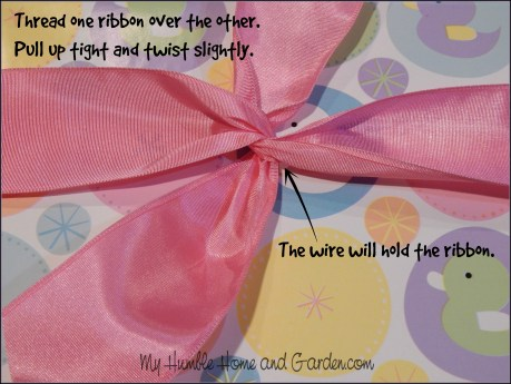 Beautiful Gift Wrapping - Step by Step - Ribbon bows on MyHumbleHomeandGarden.com