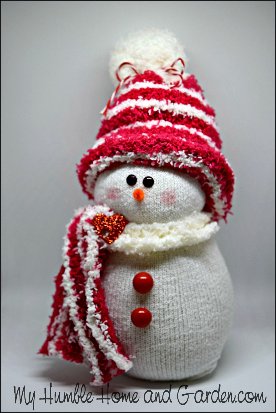 How To Make An Adorable Sock Snowman!