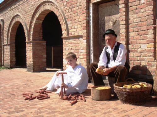 Narodni običaji Slavonije