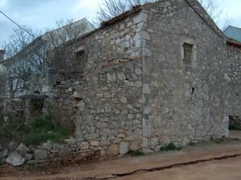 Dalmatinska kamena kuća10