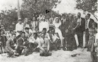 Narodni običaji ženidbe svatovi pred crkvom