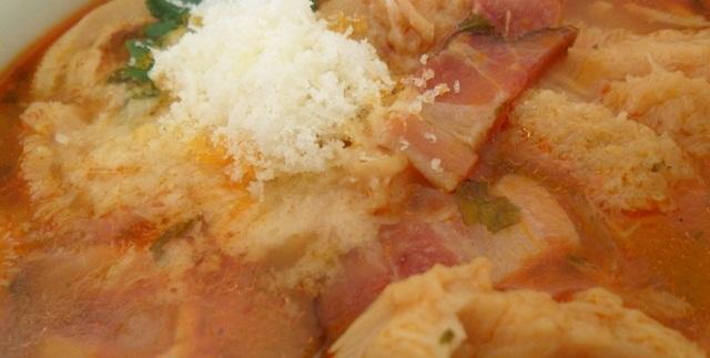 Tradicionalni fileki s suhim mesom i zapečenim kruhom