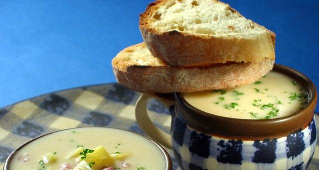 Tradicionalna dobra juha od krompira (koruna)