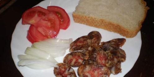 Tradicionalna jela i prehrana središnje Hrvatske -tradicionalne češnjovke