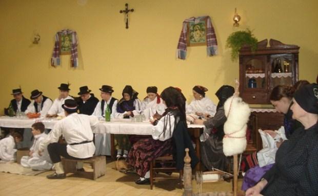 Tradicionalna prosidba i prstenovanje u narodnim običajima