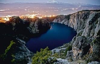 Plavo, modro jezero