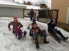 Djeca na snjegu