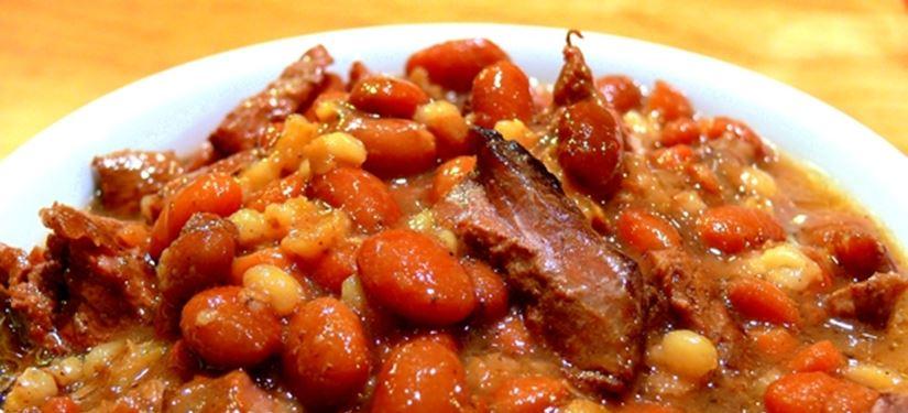 Najbolji stari recept za grah s kobasicama i ječmom