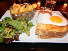 Croque madame with frites