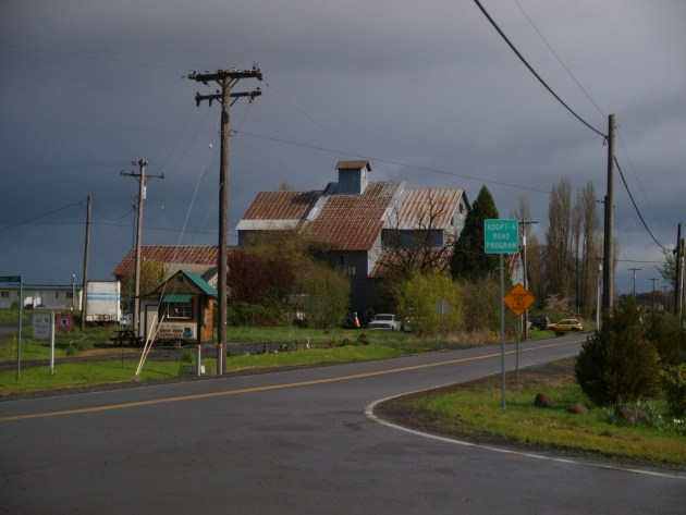 Perrydale, Oregon - Not quite a Ghost Town