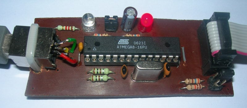 assembled usbasp device