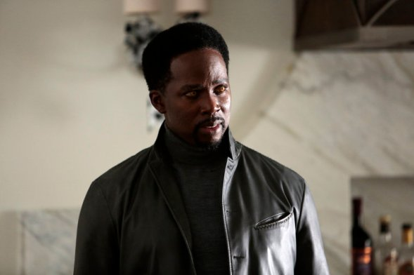 """CONSTANTINE -- """"The Rage of Caliban"""" Episode 102 -- Pictured: Harold Perrineau as Manny -- Photo by: (Daniel McFadden/NBC)"""