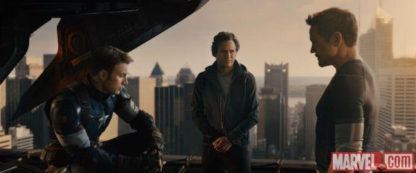 Marvel_AgeOfUltron_Cap-Banner-Stark