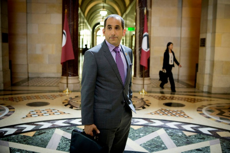 """COLONY -- """"Geronimo"""" Episode 105 -- Pictured: Peter Jacobson as Proxy Alan Snyder -- (Photo by: Isabella Vosmikova/USA Network)"""