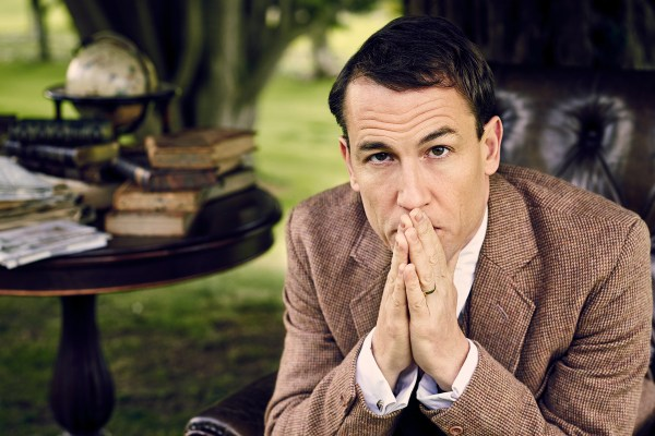 This poor man has no idea that he is a doppelganger of the devil. (Tobias Menzies as Frank Randall) [Courtesy Starz]