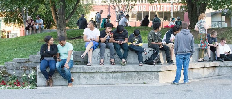 Pokémon GO players congregating in a park in Anchorage, Alaska. Photo courtesy Roger Lew under a Creative Commons Attribution license.