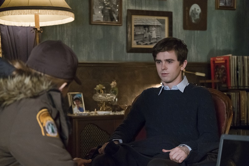 Rick's Cafe Texan: Bates Motel: The Body Review
