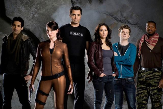 Continuum (Syfy) TV-series poster - Rachel Nichols & Victor Webster - Continuum season 2
