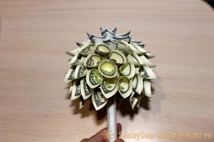 Өз қолдарымен ақша ағашы