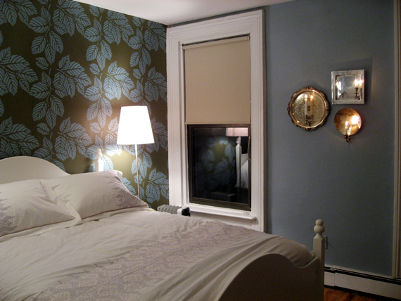 bedroom wall sconce