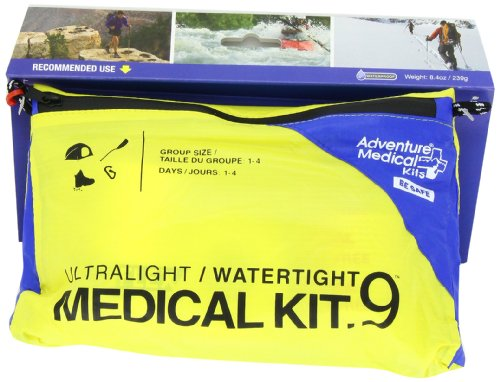 Adventure-Medical-Kits-UltraLight-Watertight-9-Kit-0