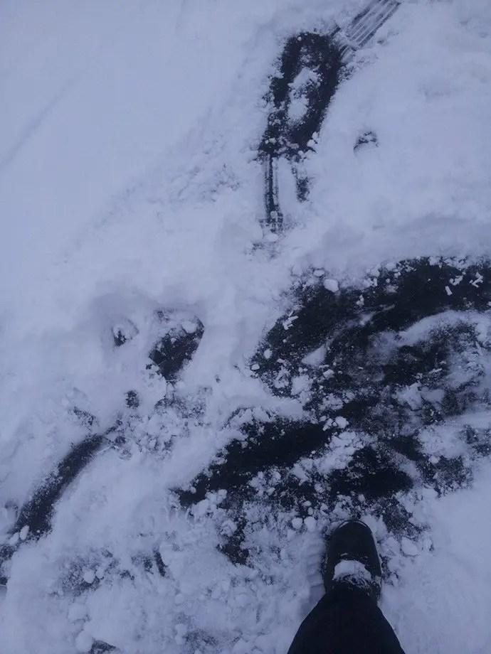 Svea-y-Pablo---Paseando-sobre-un-lago-helado
