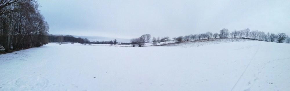 Svea y Pablo - Vistas del hoyo 9 cubierto de nieve