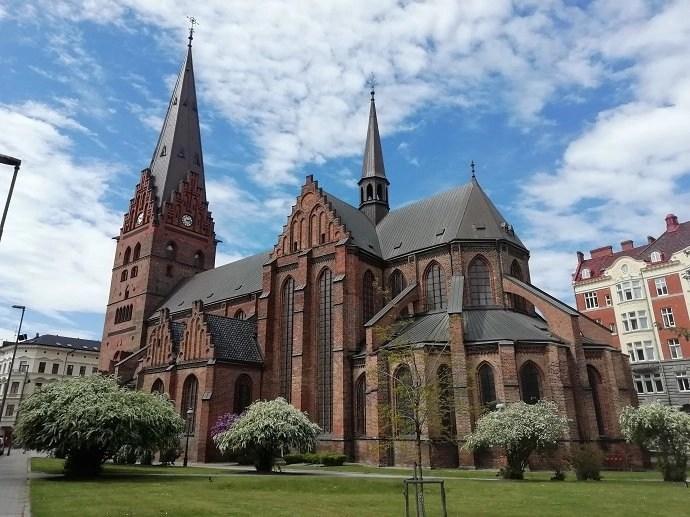 Svea y Pablo - La Iglesia de San Pedro