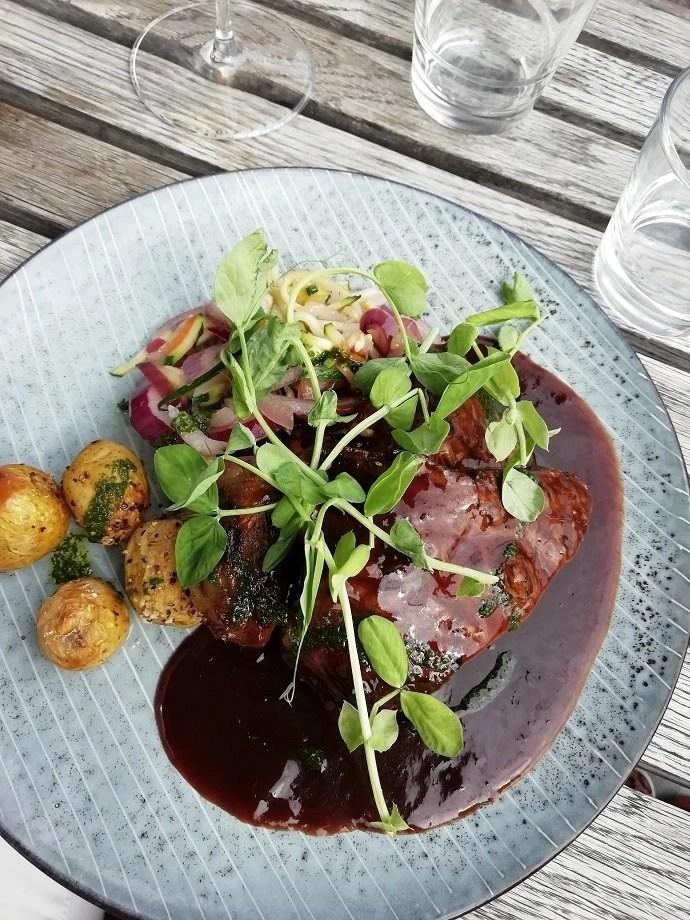 Svea y Pablo - Dagens kött en Vatten Restaurang