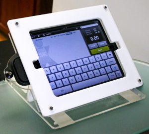 OldOnliner-ipad-apple-pos-system_edited