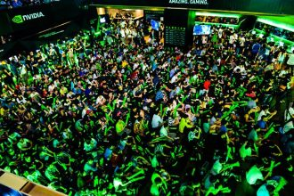 crowd-event-nvidia-people-audience-green-lights