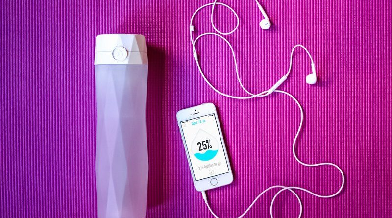 HidrateMe: Stay Healthy with Your Smart Water Bottle