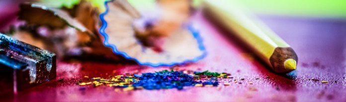 Pens color vivid sharpening rubbish management motivated self endangerment hr crop