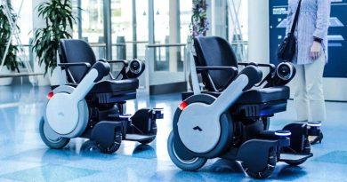 Panasonic Is Testing Robotic Electric Wheelchair at Haneda Airport