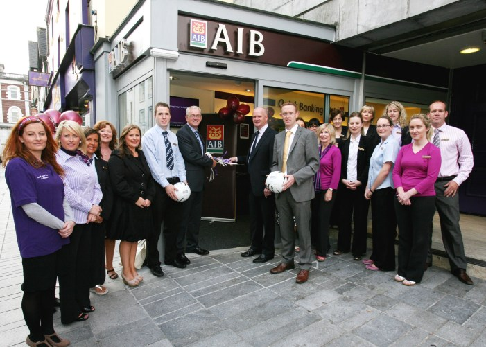 """A """"Bank"""" without Cashiers opens in Cork"""