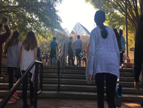 Freshmen go to Atlanta to watch theater show