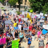 Hundreds of Healthcare Workers Protest Mandatory Jabbbs in Madison
