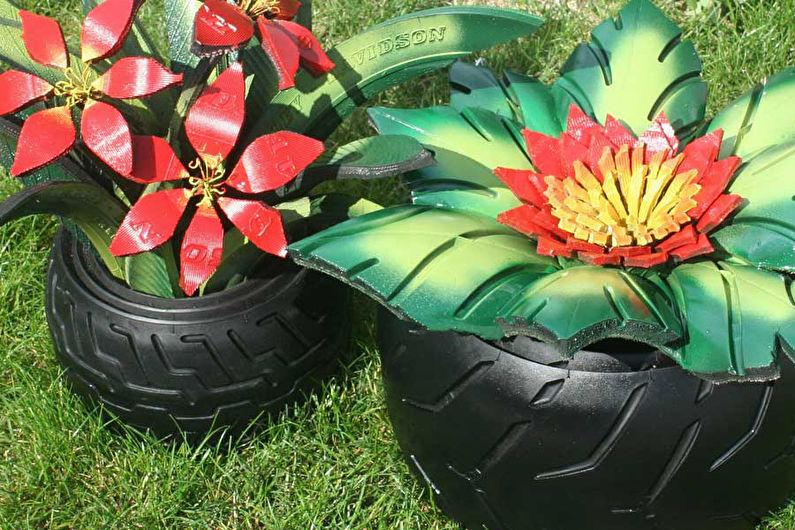 Decorazioni per un giardino dalle gomme da te