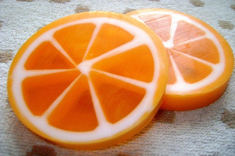 """Hoe zeep thuis te koken - zeep """"oranje plakjes"""""""