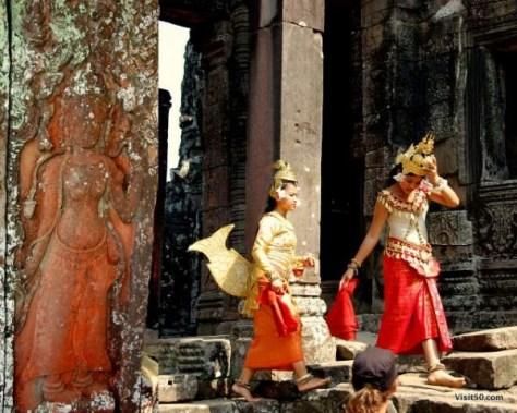 Aspara dancers at the Bayon temples Angkor Thom, Siem Reap, Cambodia